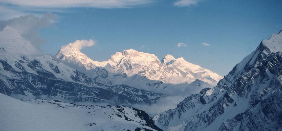 chulu-east-peak-trek